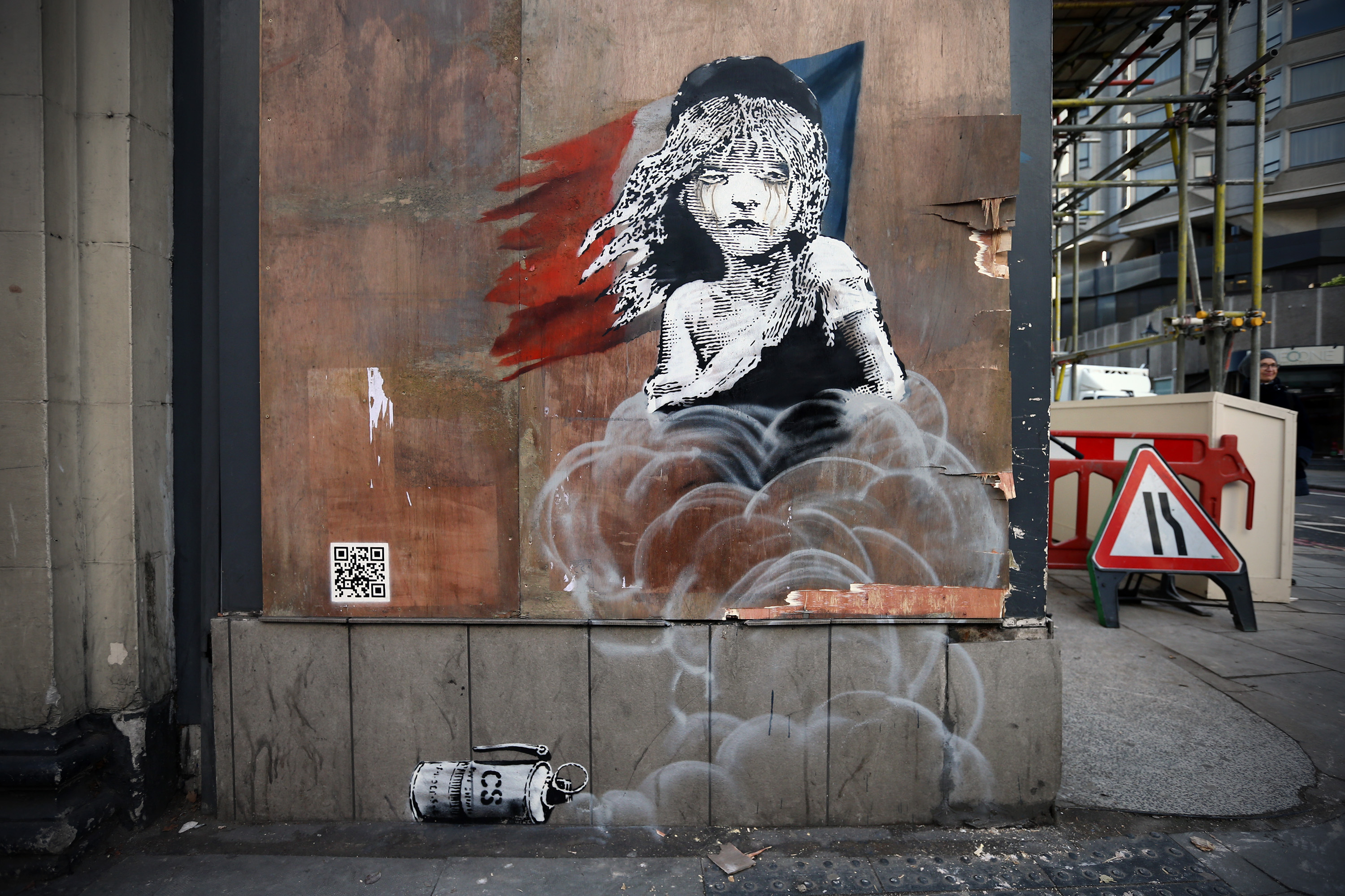 PIC: A new Banksy has popped up on the French Embassy in London | JOE.co.uk