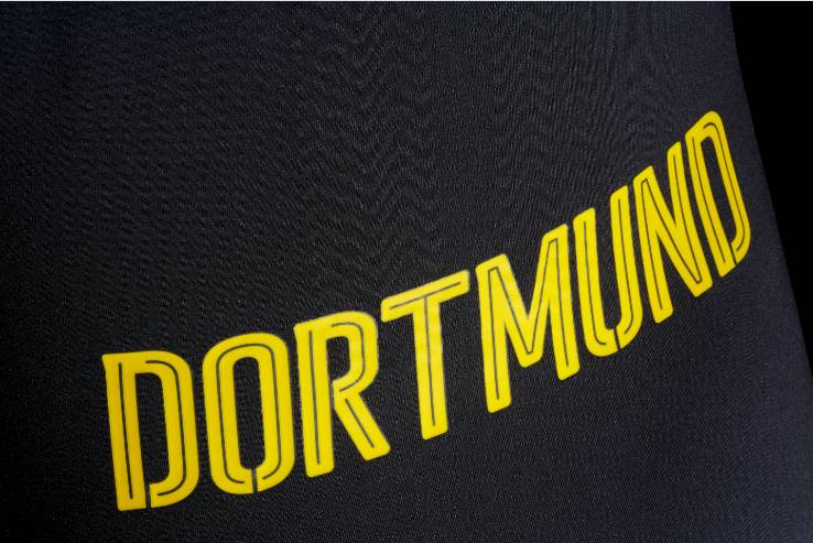 dortmund 39 s beautiful black and grey away strip unveiled in official puma shots. Black Bedroom Furniture Sets. Home Design Ideas