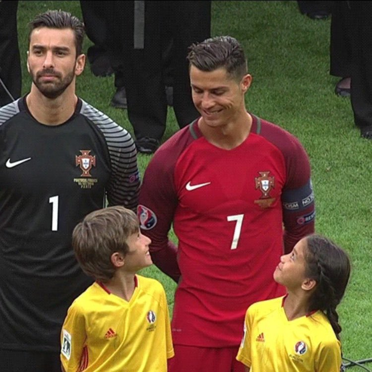 Everyone Is Melting Over How These Kids Reacted To Cristiano Ronaldo