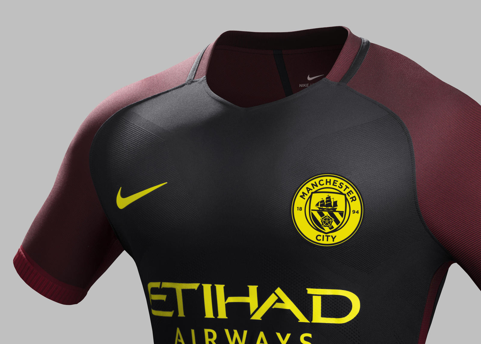 low cost 97fea e1b7f Fans don't know what to think about Manchester City's new ...