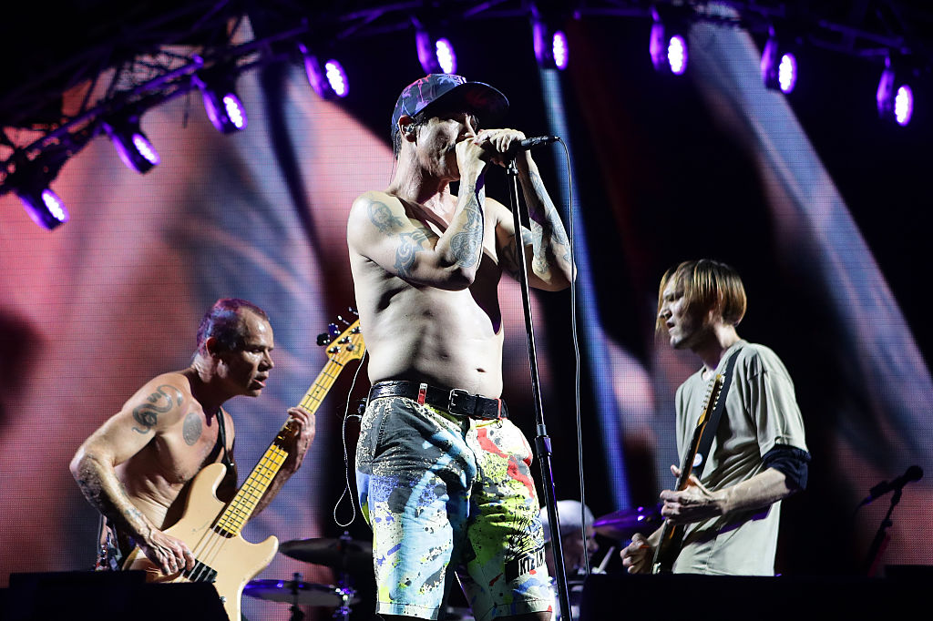 INCHEON, SOUTH KOREA - JULY 22: Anthony Kiedis and Michael 'Flea' Balzary of the Red Hot Chili Peppers perform on stage during the Valley Rock Festival on July 22, 2016 in Incheon, South Korea. (Photo by Chung Sung-Jun/Getty Images)