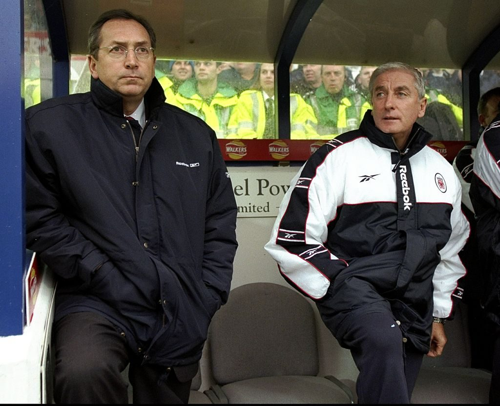 31 Oct 1998: Liverpool's joint managers Gerard Houllier and Roy Evans in the dugout during the FA Carling Premiership match against Leicester City at Filbert Street in Leicester, England. Leicester won 1-0. Mandatory Credit: Ross Kinnaird /Allsport