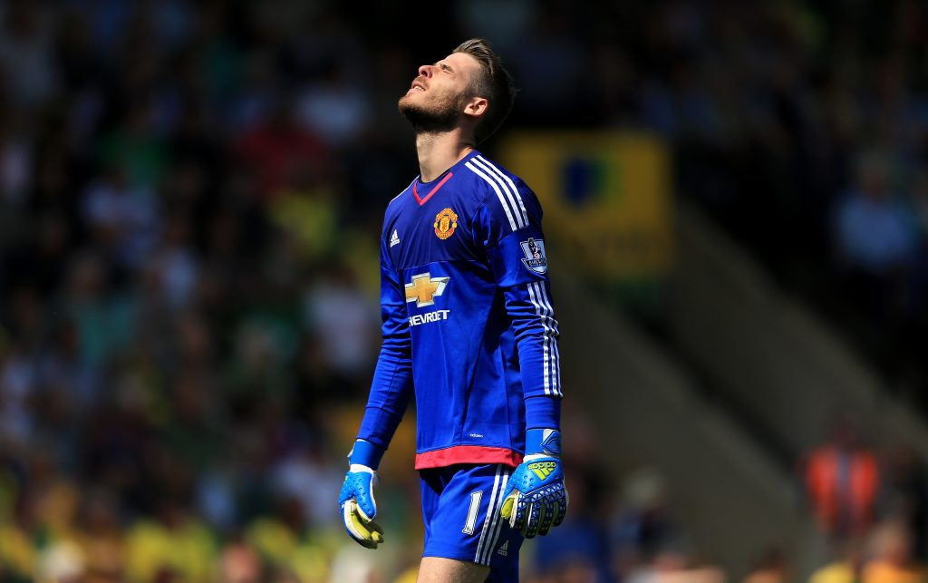 NORWICH, ENGLAND - MAY 07: David De Gea of Manchester United celebrates his team's first goal during the Barclays Premier League match between Norwich City and Manchester United at Carrow Road on May 7, 2016 in Norwich, England. (Photo by Stephen Pond/Getty Images)