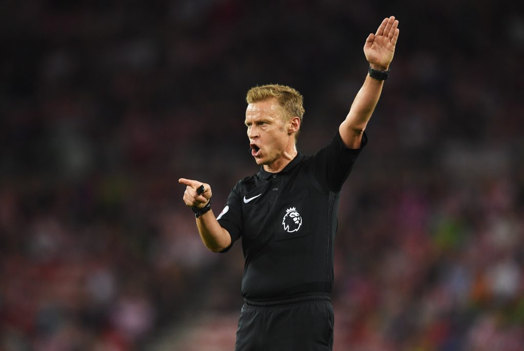 SUNDERLAND, ENGLAND - SEPTEMBER 12: Referee Mike Jones signals during the Premier League match between Sunderland and Everton at Stadium of Light on September 12, 2016 in Sunderland, England. (Photo by Laurence Griffiths/Getty Images)