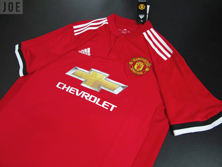 sports shoes 7e5fb 890c7 Clear new images of Manchester United's 2017/18 home kit ...