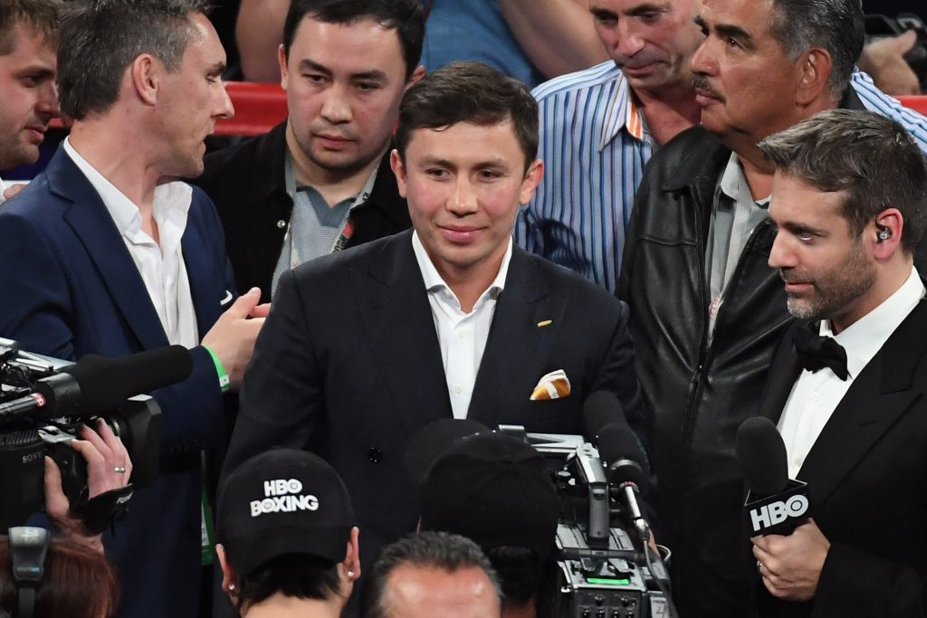 Oscar De La Hoya Says McGregor/Mayweather Fight Could Ruin Boxing