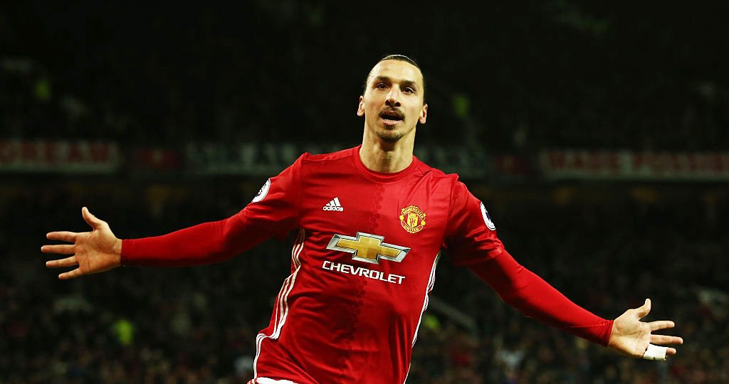 Manchester United to offer Ibrahimovic short-term deal