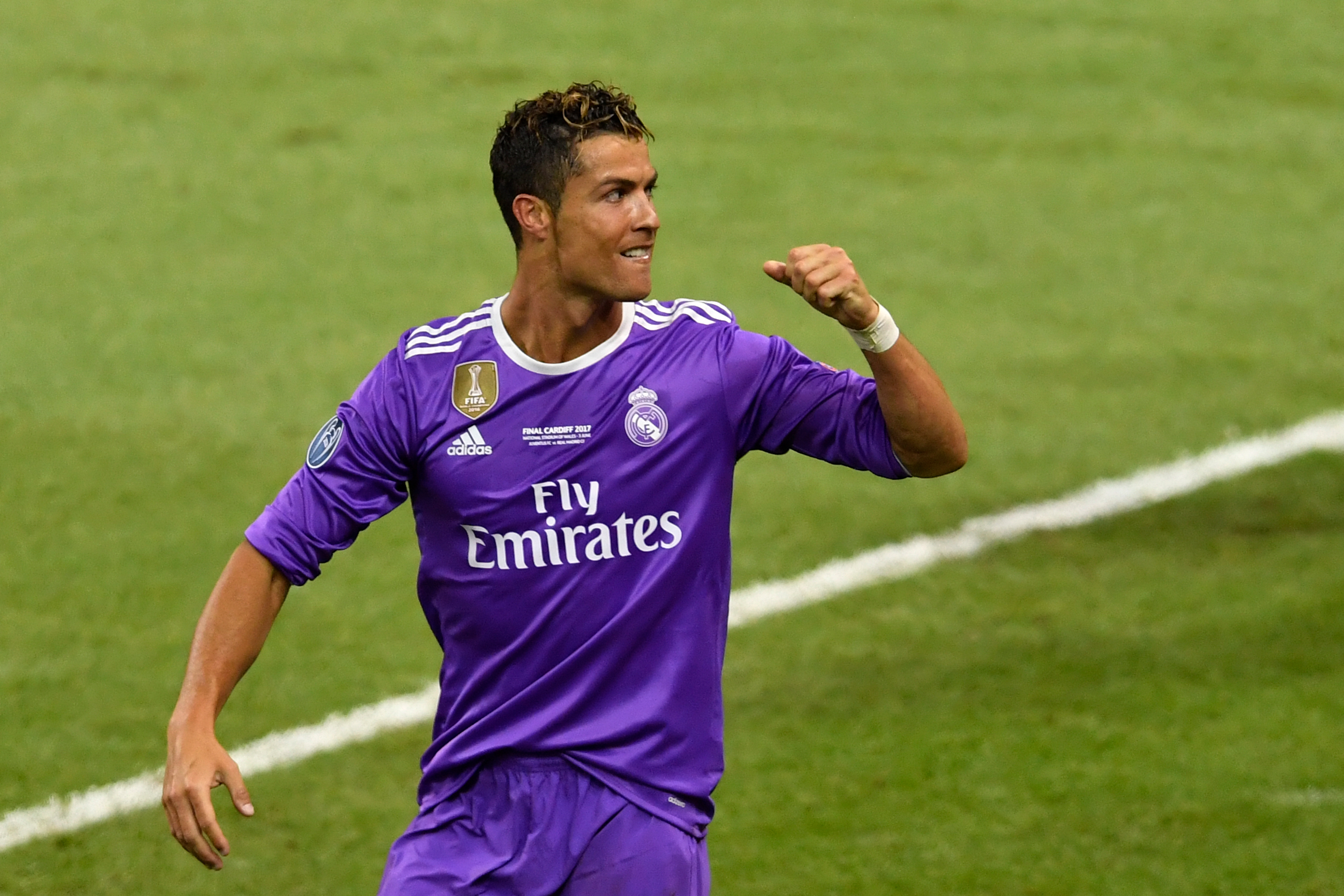 CR7 does U-turn on future in Madrid