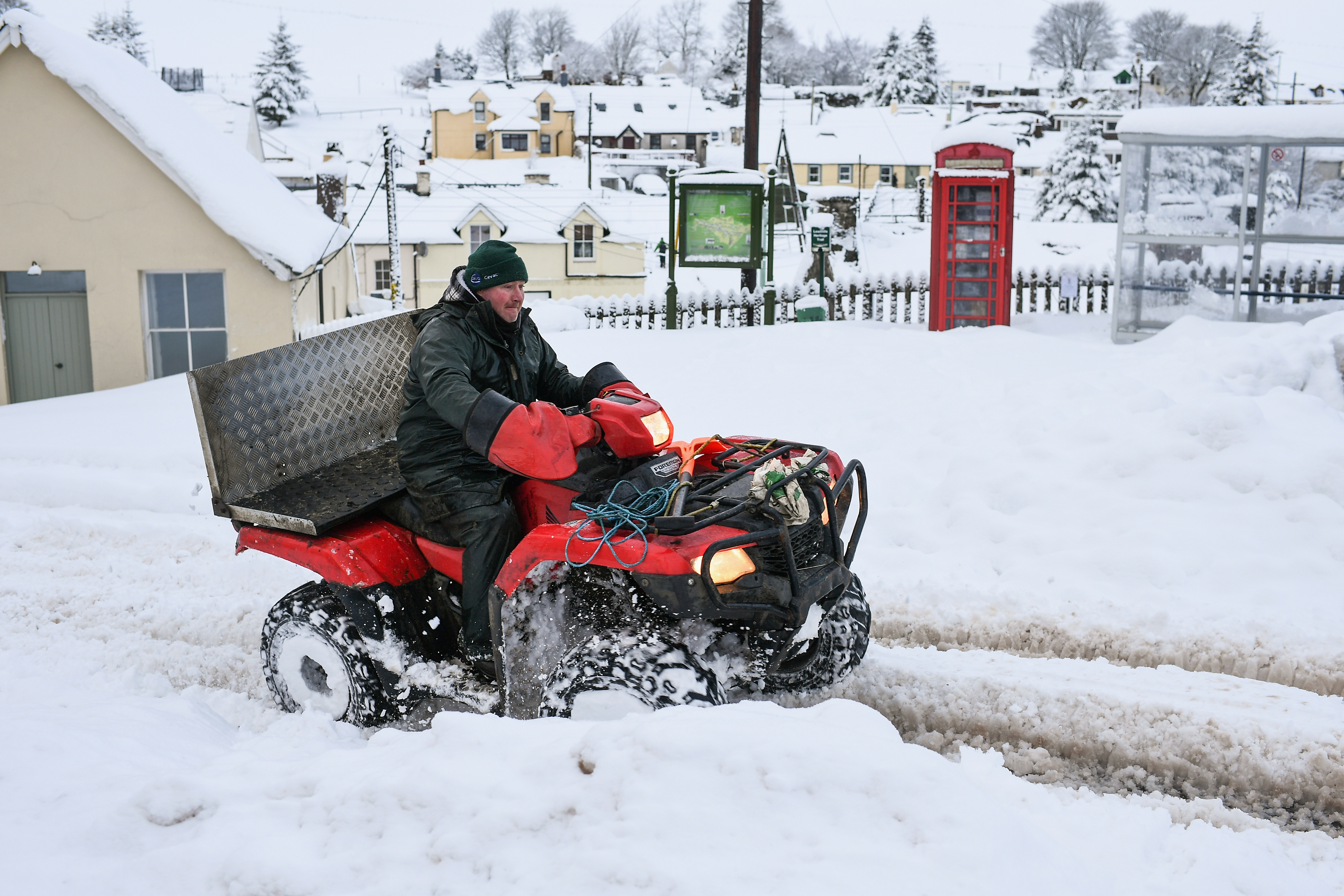Snow and hail weather warning issued for London