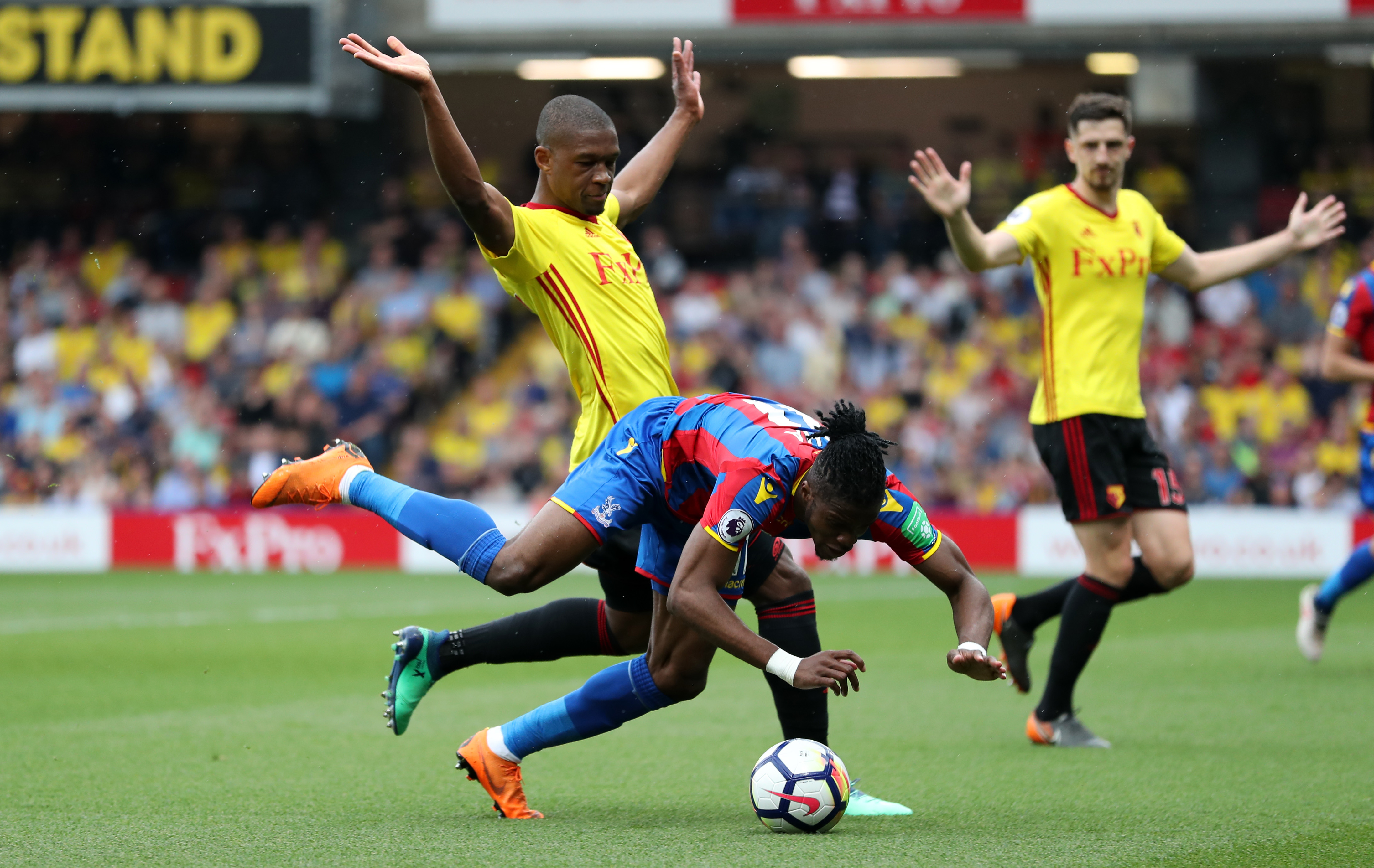 Palace's Zaha complains of agenda over diving