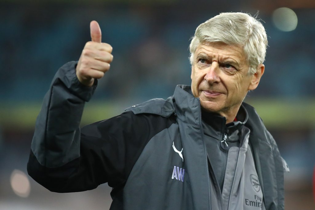 Arsene Wenger uncertain about reception from Manchester United fans at Old Trafford