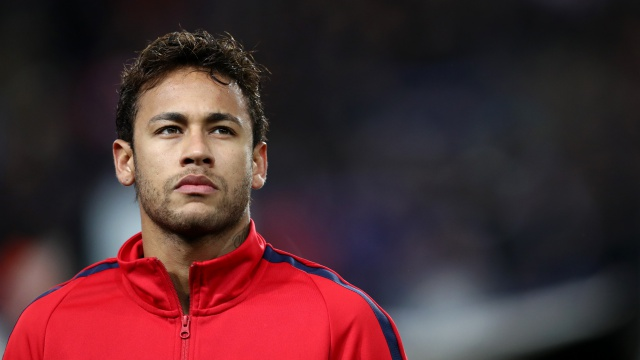 Real Madrid deny making Neymar offer