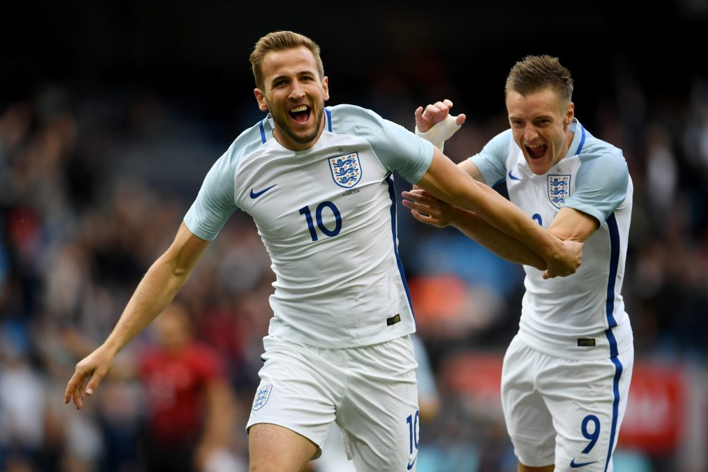 England aim for World Cup quarter-finals
