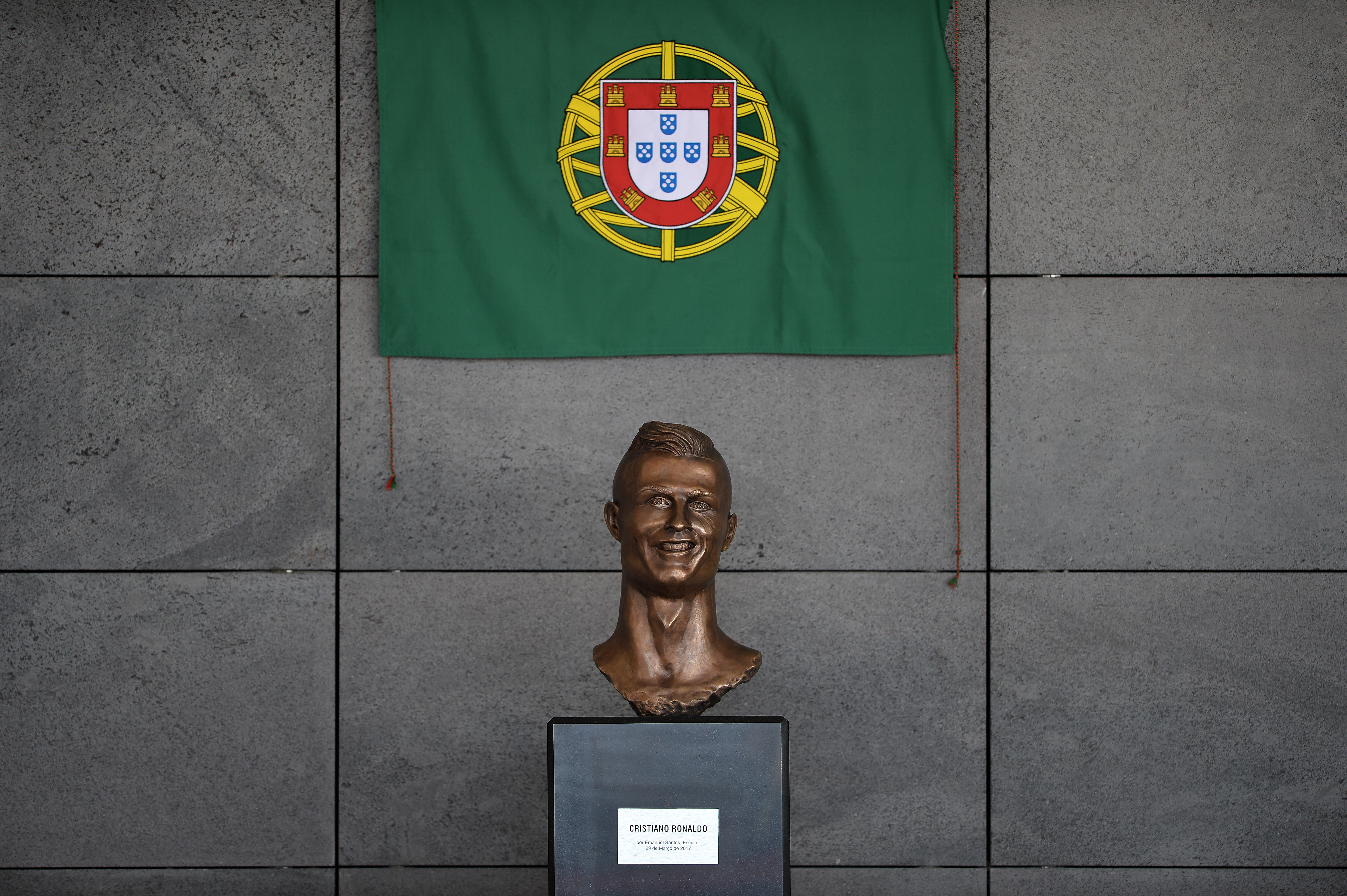 Maligned Ronaldo statue replaced at Madeira airport