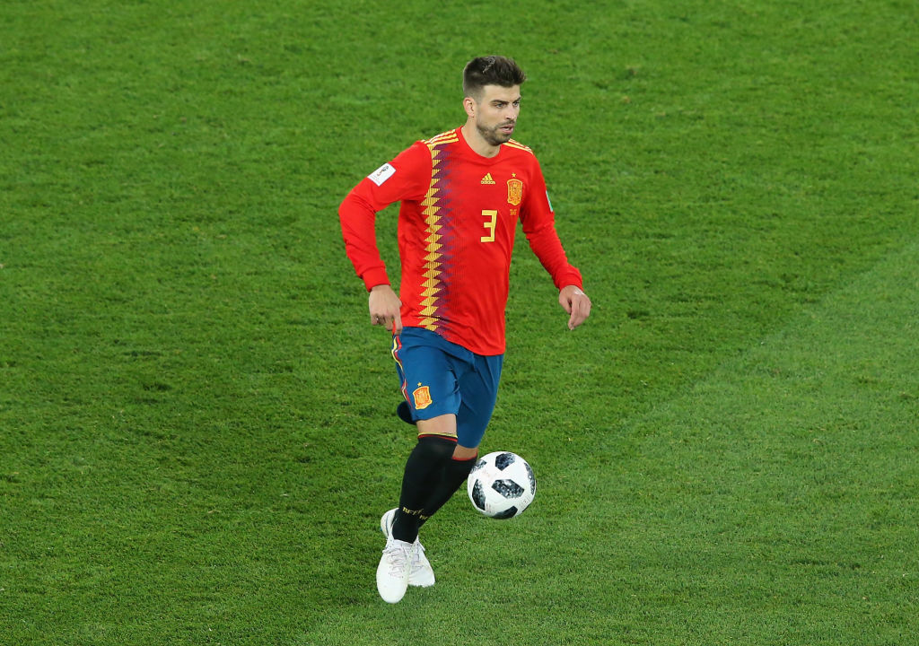 Barcelona's Pique announces global  retirement from Spain