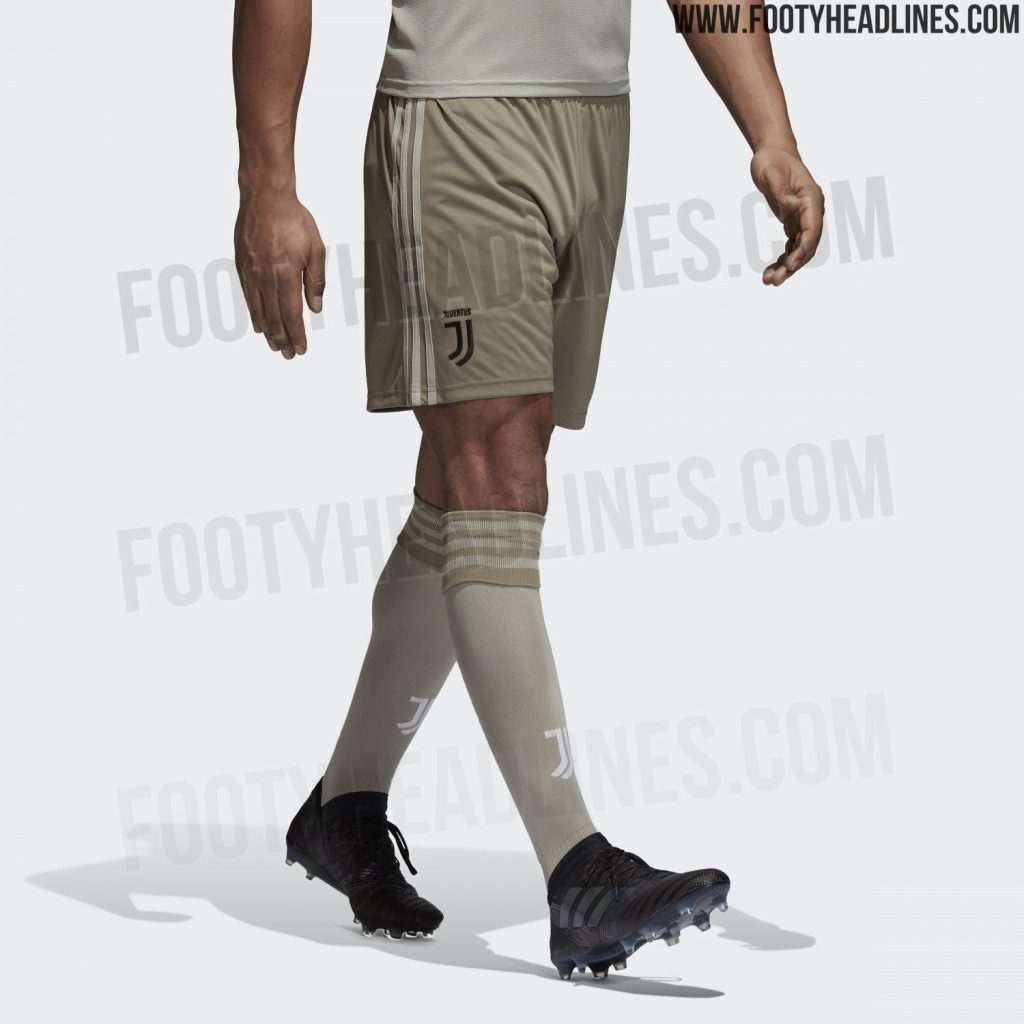 size 40 b709b dab61 Juventus' new away kit won't look out of place on Cristiano ...