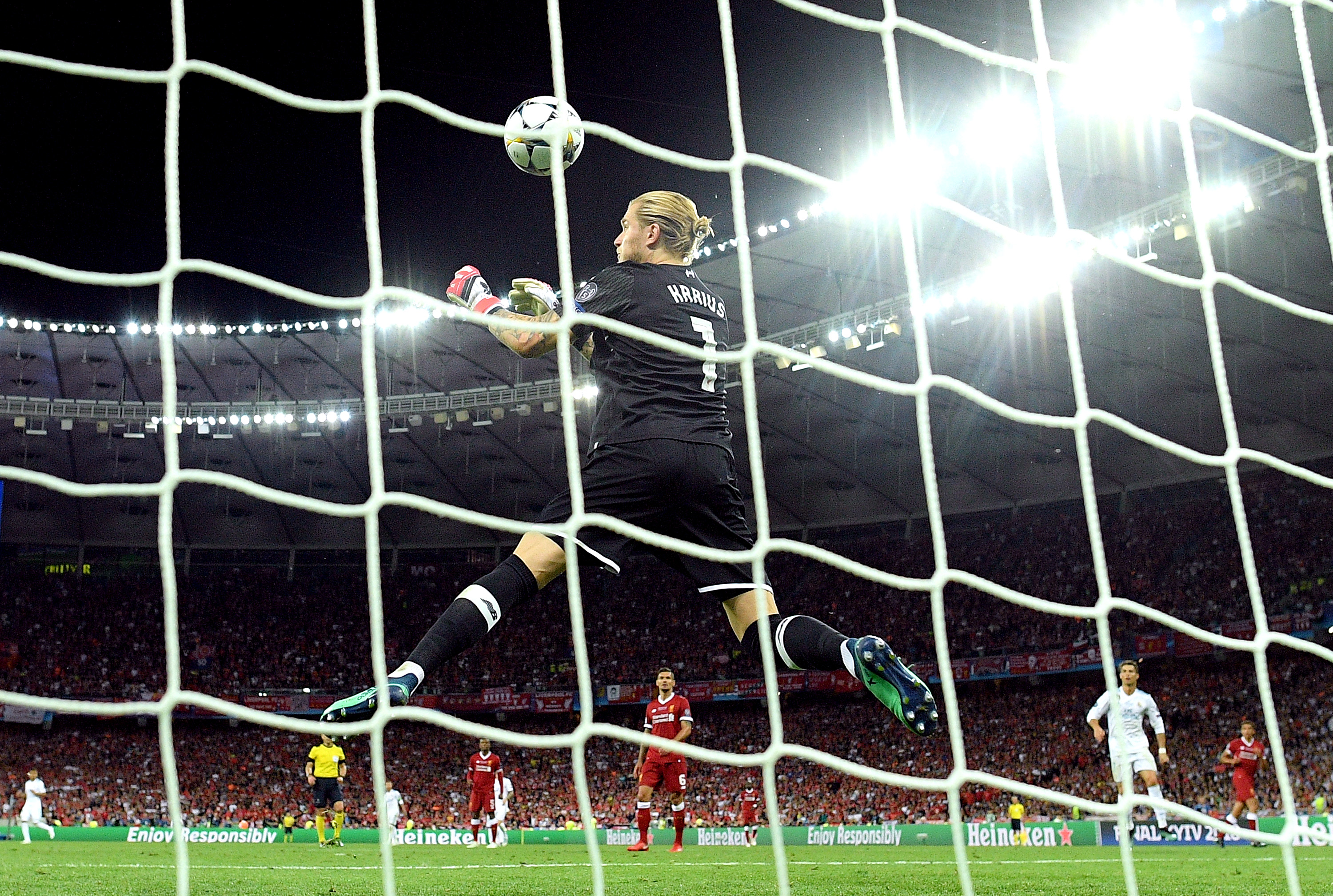 'You never let me walk alone' - Karius says goodbye to Liverpool