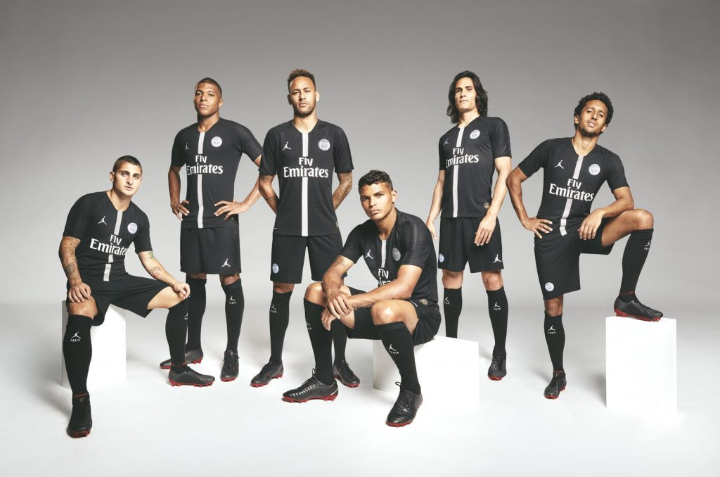 PSG have officially dropped their new Jordan brand kit  df56370ff
