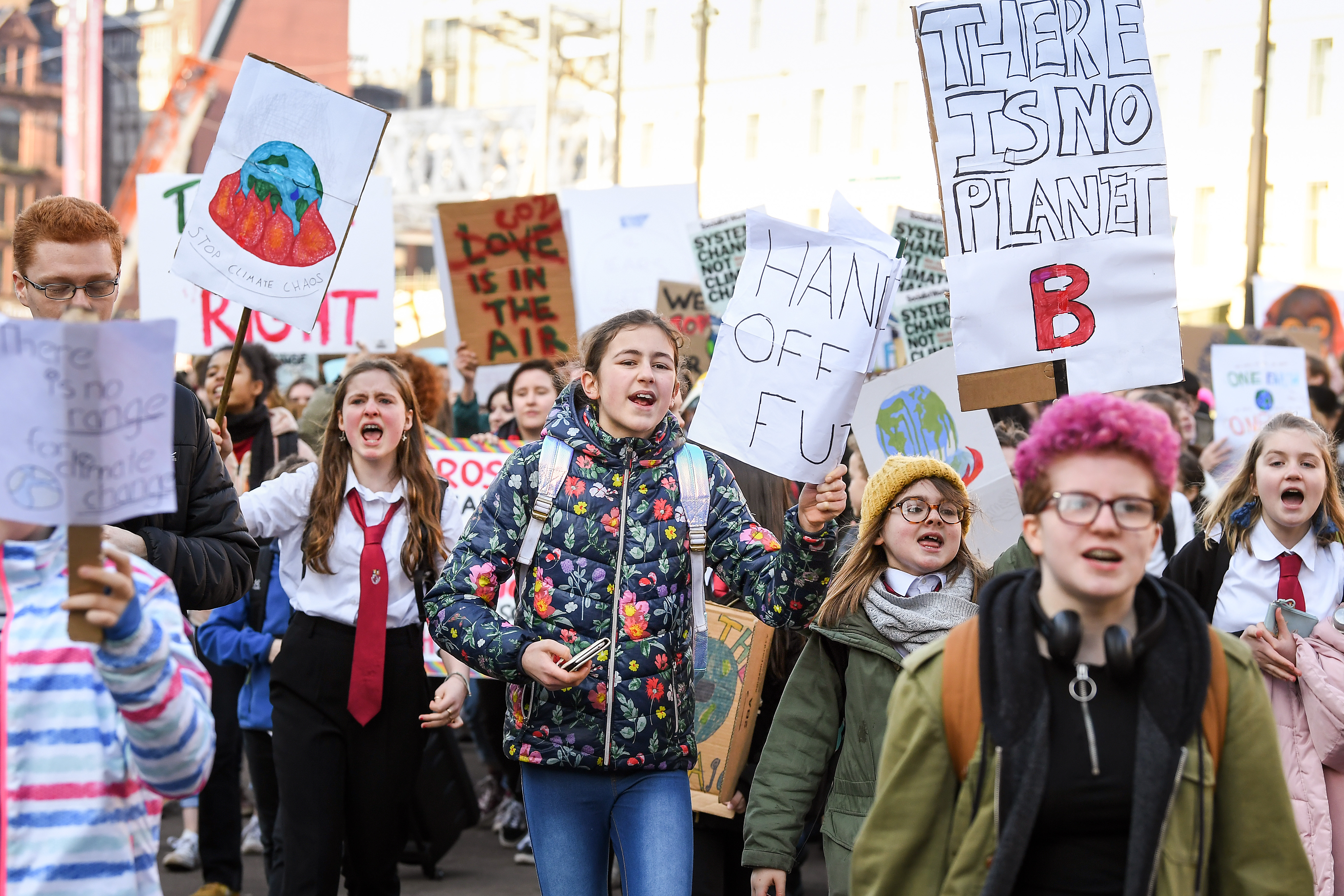 GLASGOW, UNITED KINGDOM - FEBRUARY 15: Schoolchildren take part in a nation-wide student climate march in George Square on February 15, 2019 in Glasgow, United Kingdom.Thousands of UK pupils from schools, colleges and universities will walk out today for a nationwide climate change strike. Students in 60 cities from the West Country to Scotland are protesting, urging the government to declare a climate emergency and take action over the problem. They are keen that the national curriculum is reformed and the environmental crisis is communicated to the public. Similar strikes have taken place in Australia and in European countries such as Belgium and Sweden. (Photo by Jeff J Mitchell/Getty Images)