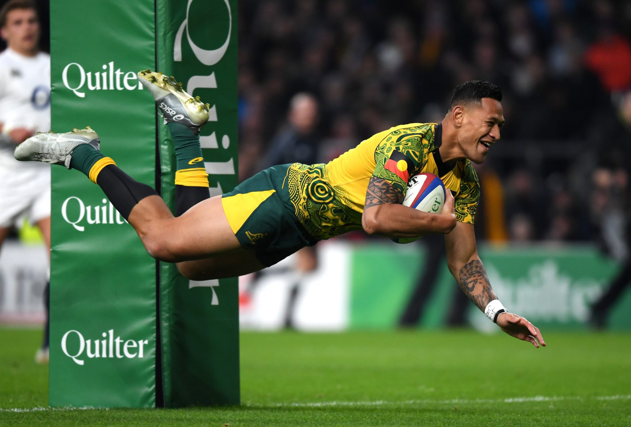 Israel Folau faces end to Australian rugby career
