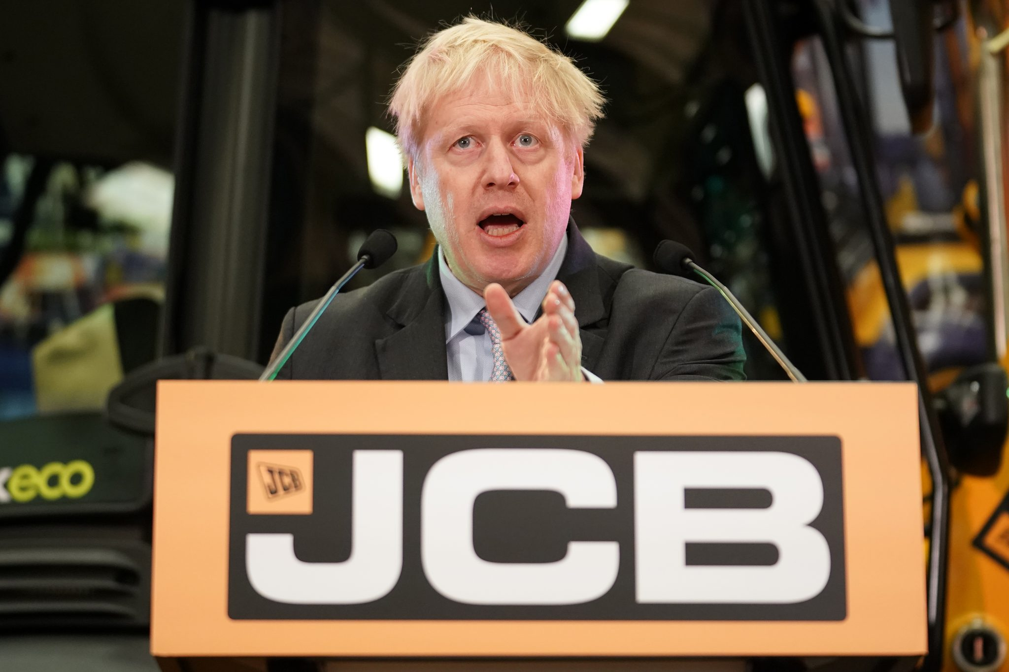 Boris Johnson delivers a speech at JCB World Headquarters on January 18, 2019 in Rocester, Staffordshire. After defeating a vote of no confidence in her government, Theresa May has called on MPs to break the Brexit deadlock by conducting cross-party Brexit talks. The speech by the former Foreign Secretary is being widely acknowledged as a Tory leadership bid. (Photo by Christopher Furlong/Getty Images)
