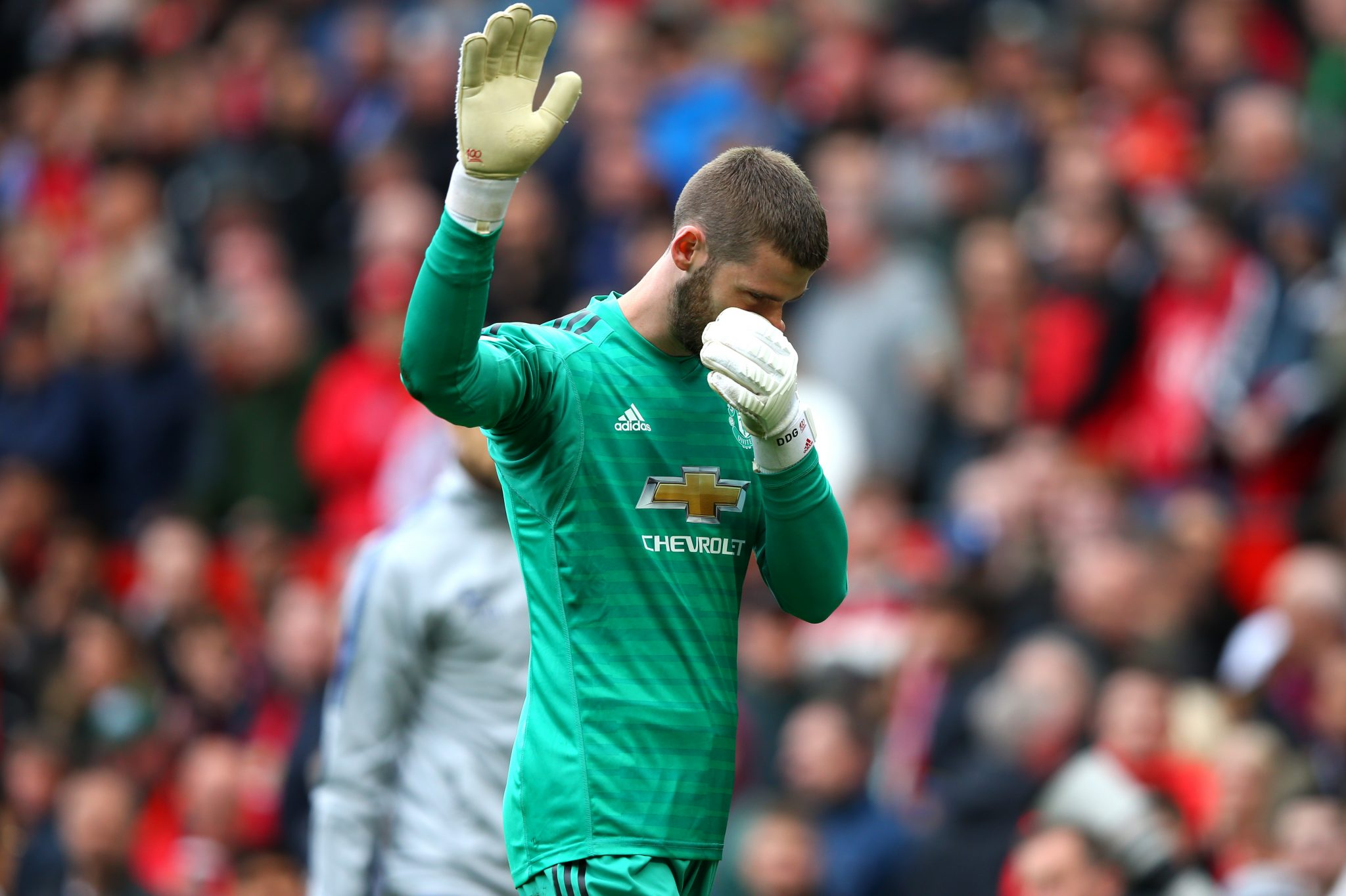 David De Gea of Manchester United looks on as he is beaten by Marcos Alonso of Chelsea as he scores his team's first goal during the Premier League match between Manchester United and Chelsea FC at Old Trafford on April 28, 2019 in Manchester, United Kingdom. (Photo by Shaun Botterill/Getty Images)