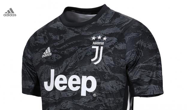 great fit 0d51f 64afd Juventus unveil new kit that breaks from tradition of ...