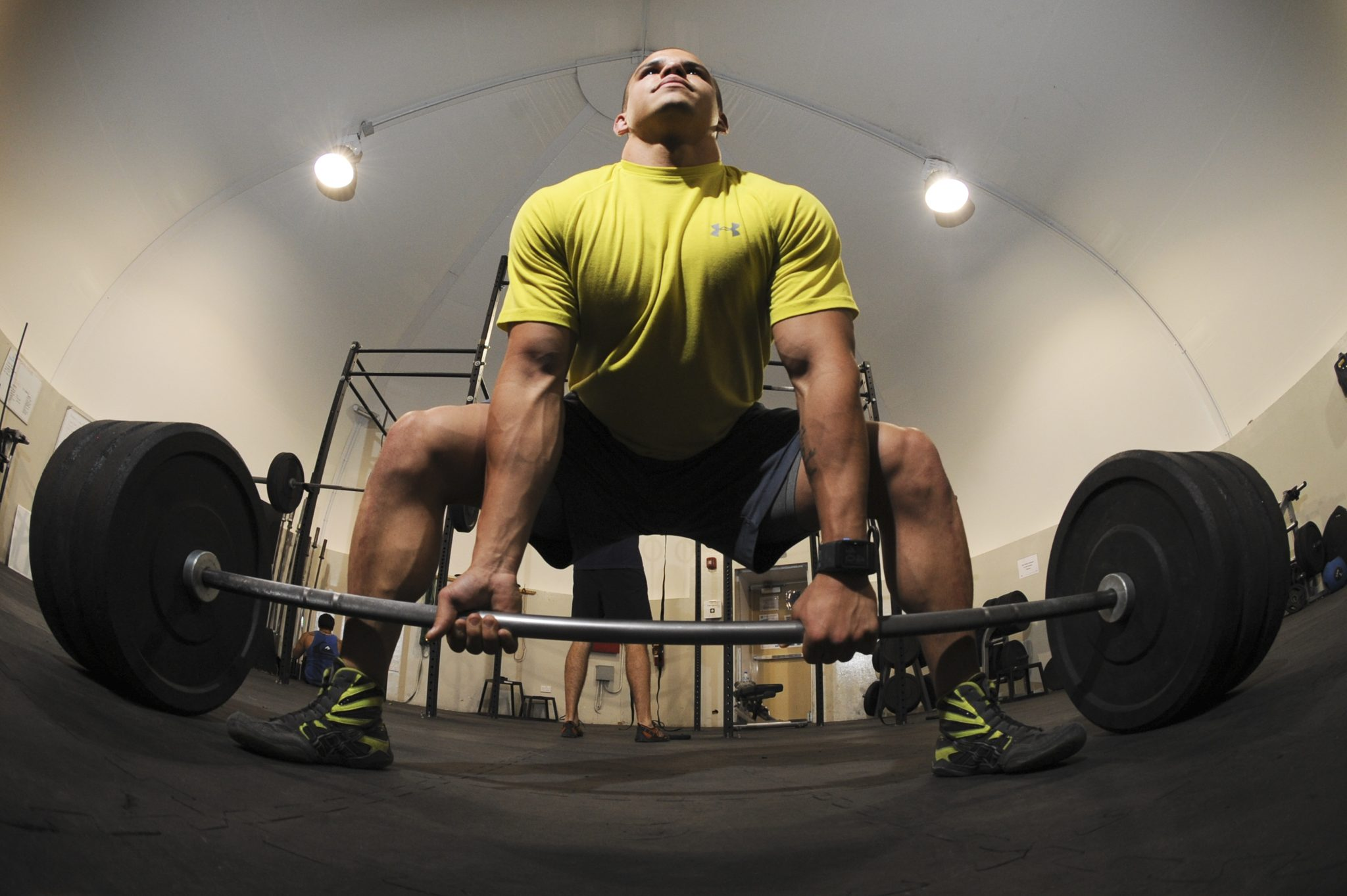 Sumo deadlifts deadlift