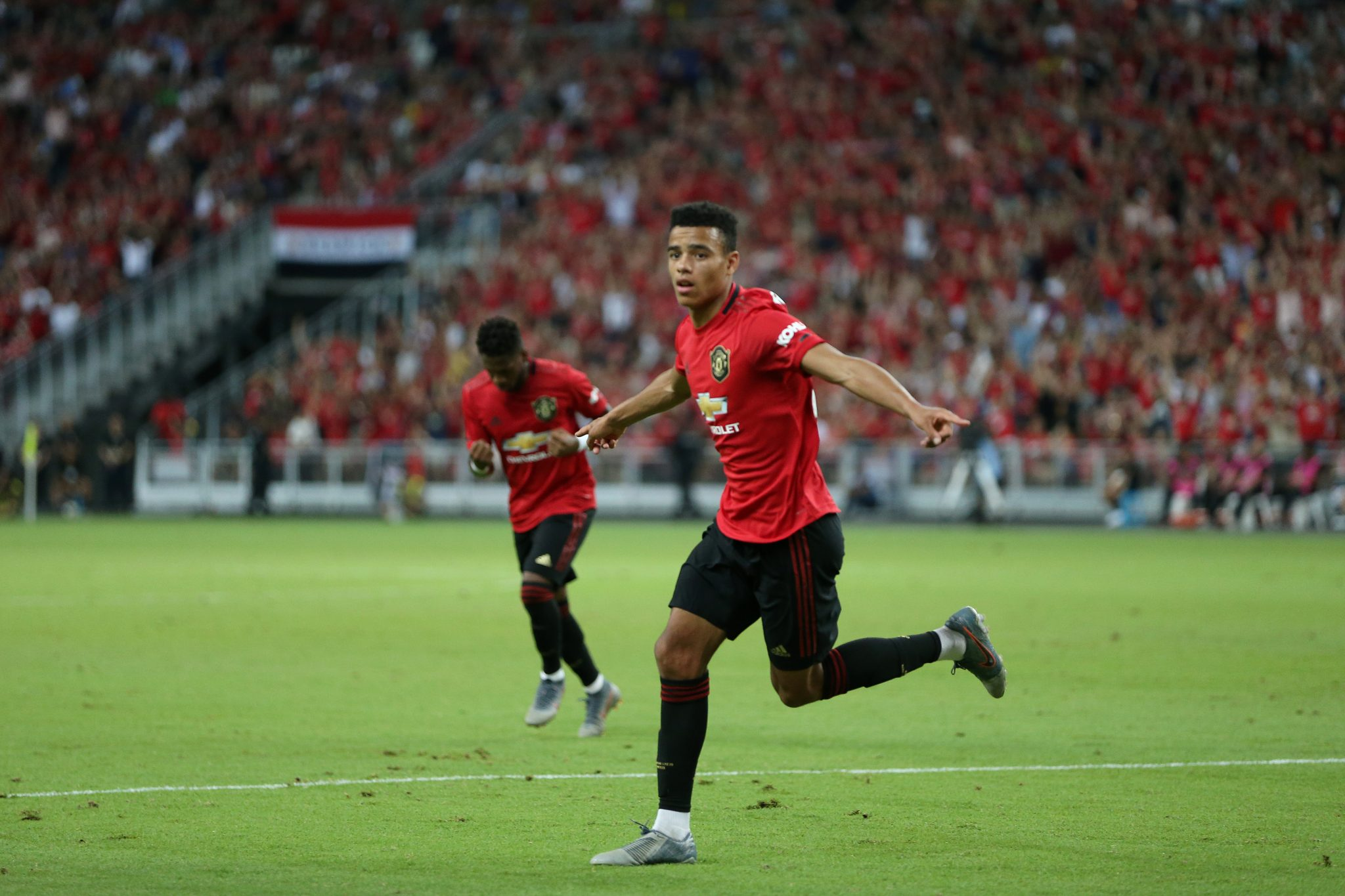 Solskjaer fires strong warning to Lingard ahead of new season