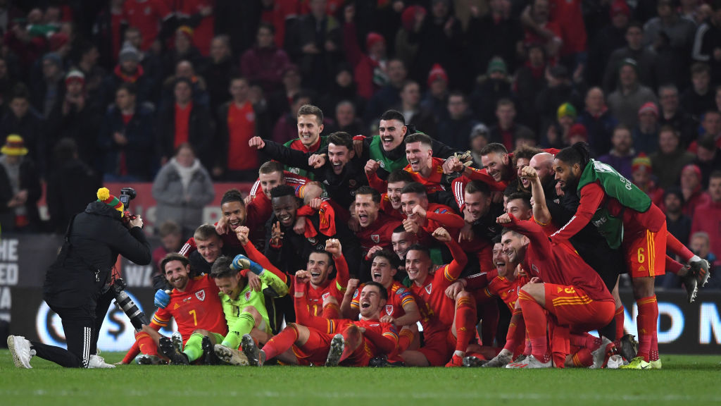 Wales qualify for Euro 2020 against Hungary